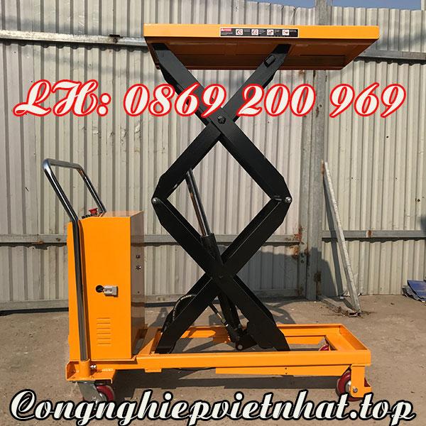 Bàn nâng điện 800kg Niuli với thùng chứa bình ắc quy tiện lợi