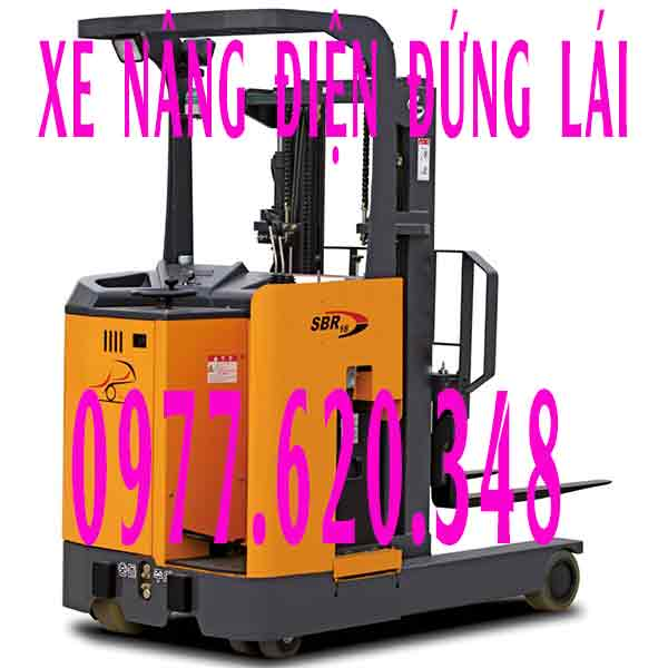 Xe-nang-dien-dung-lai