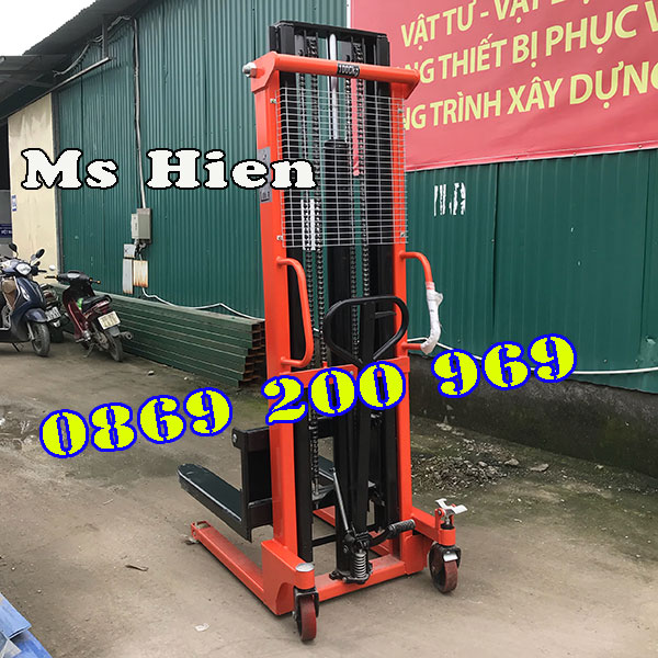 Xe nâng tay cao 3m Niuli với nhiều tính năng ưu việt